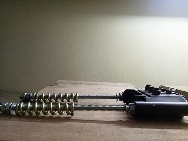 căng kéo ray điện an toàn 4
