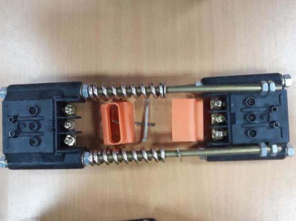 căng kéo ray điện an toàn 7