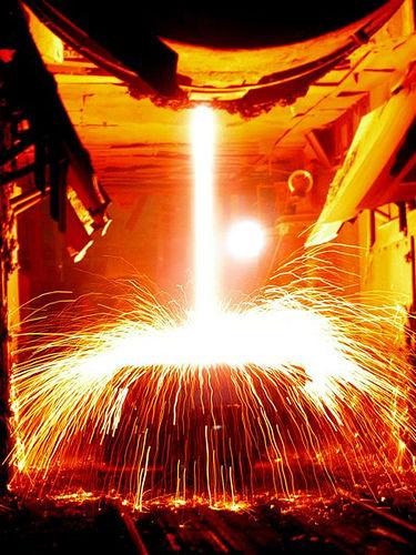 Ngành công nghiệp Thép đang loanh hoanh tìm chỗ đứng