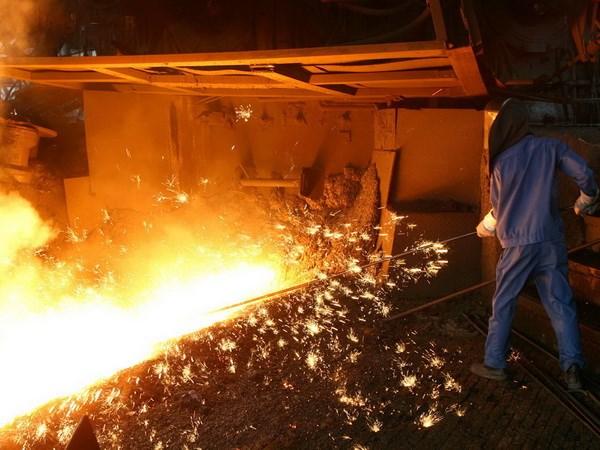 Tiết kiệm năng lượng trong sản xuất gang thép