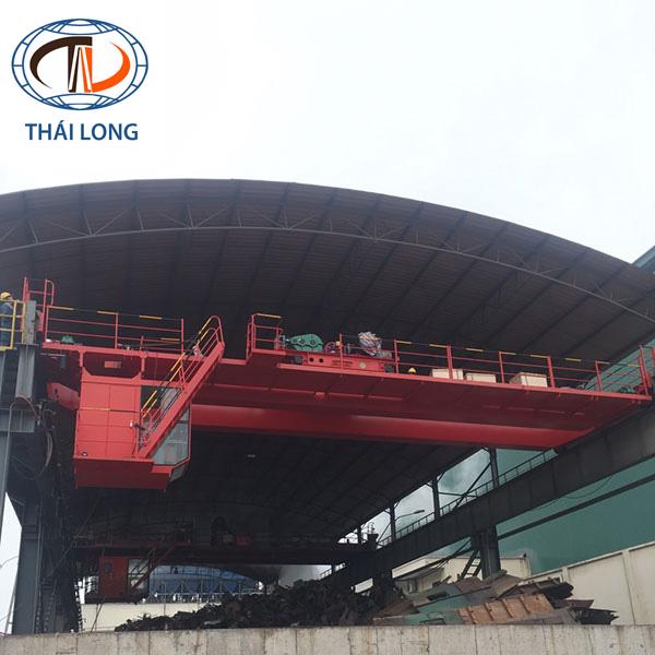Cầu trục 25 tấn/ 5 tấn dầm đôi khẩu độ 16.5m