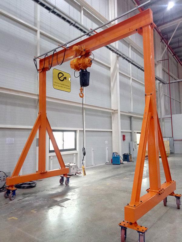 cổng trục đẩy tay 3 tấn 2