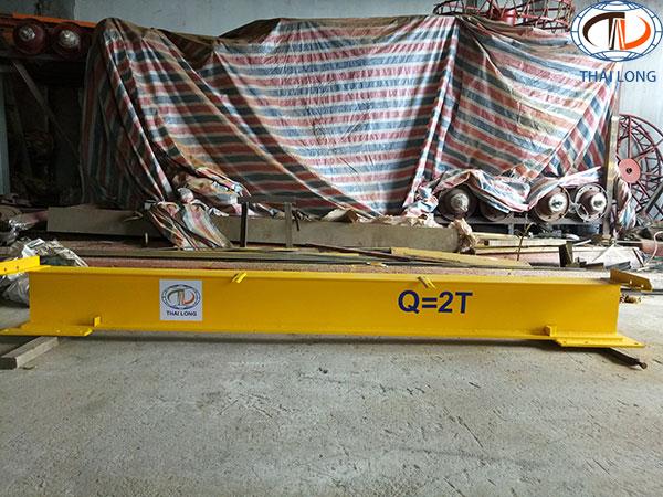 cổng trục đẩy tay 2 tấn 3