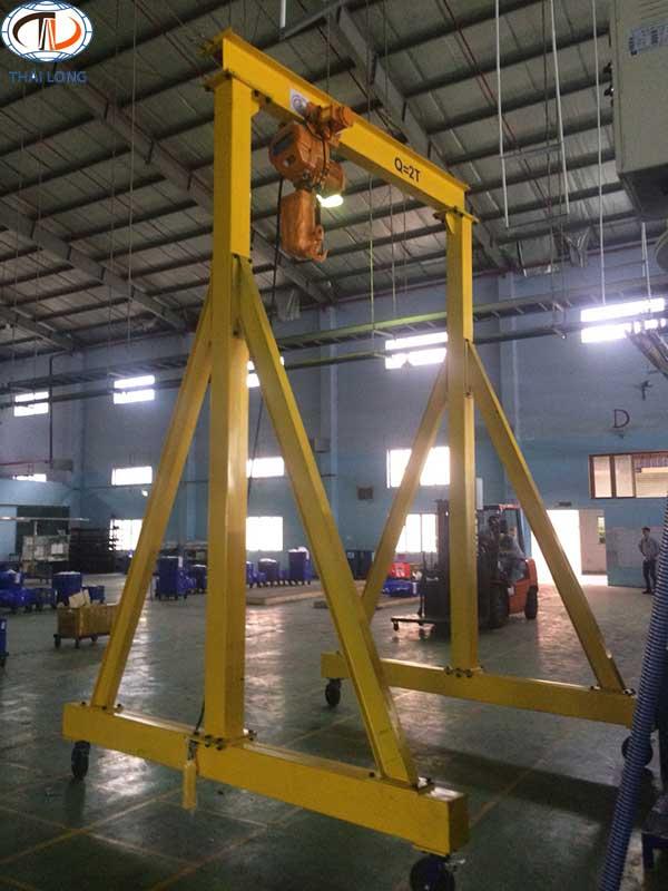 cổng trục đẩy tay 2 tấn 5