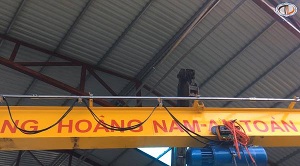 cầu trục 3 tấn ở Quảng Ninh