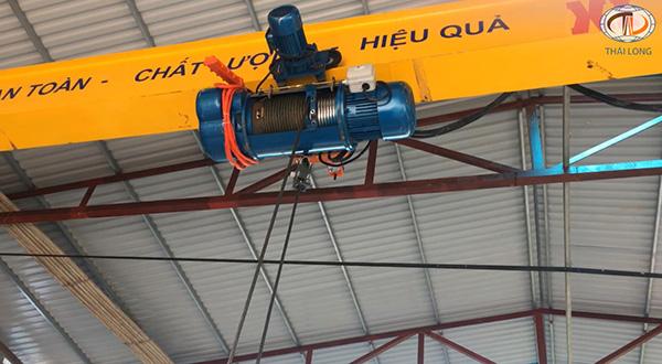 cầu trục 3 tấn ở Quảng Ninh 5