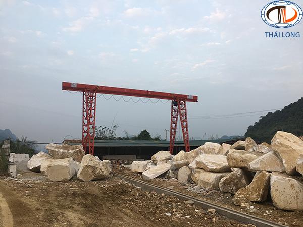 cổng trục 16 tấn 8